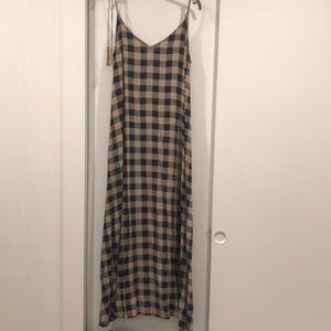 Acacia S plaid dress w pockets